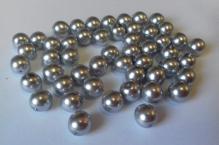 stříbrná lesk 8mm