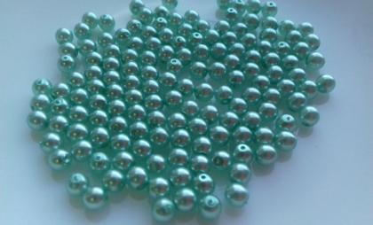 sv. zelená lesk.jpg