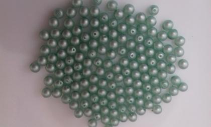 sv. zelená mat.jpg
